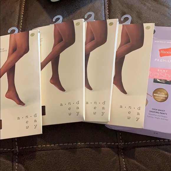 a new day Accessories - NWT (x5) A New Day / Hanes Black / mesquite /black